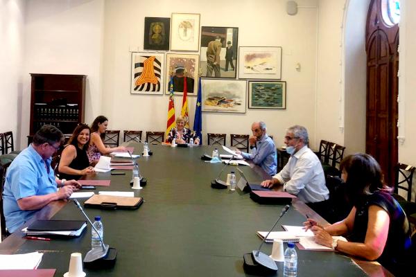 La secretaría de Política Social junto a la FeSP PV participan en la Mesa de Recuperación Social